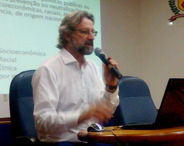 Foto do diretor administrativo da SAAD